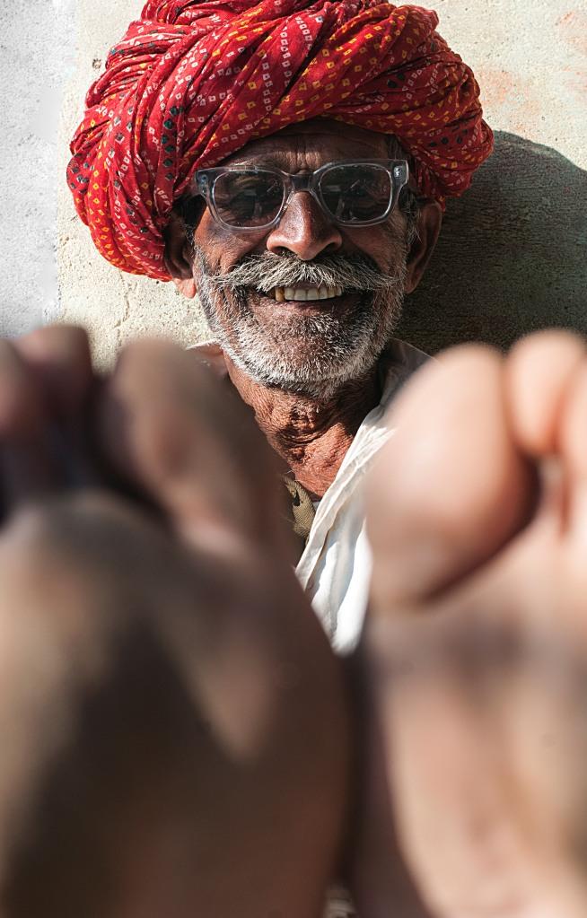 The Smiling Baba, Jodhpur India. Lyddæmpende billeder i forskellige størrelser. © Beerman Photography
